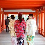 在嚴鳥神社會看到很多穿和服的美女